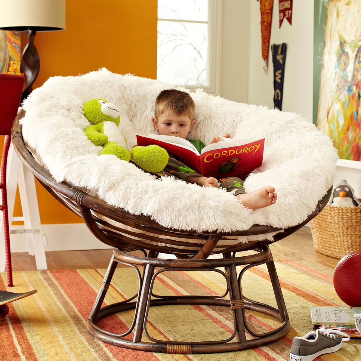 comfortable papasan reading chair