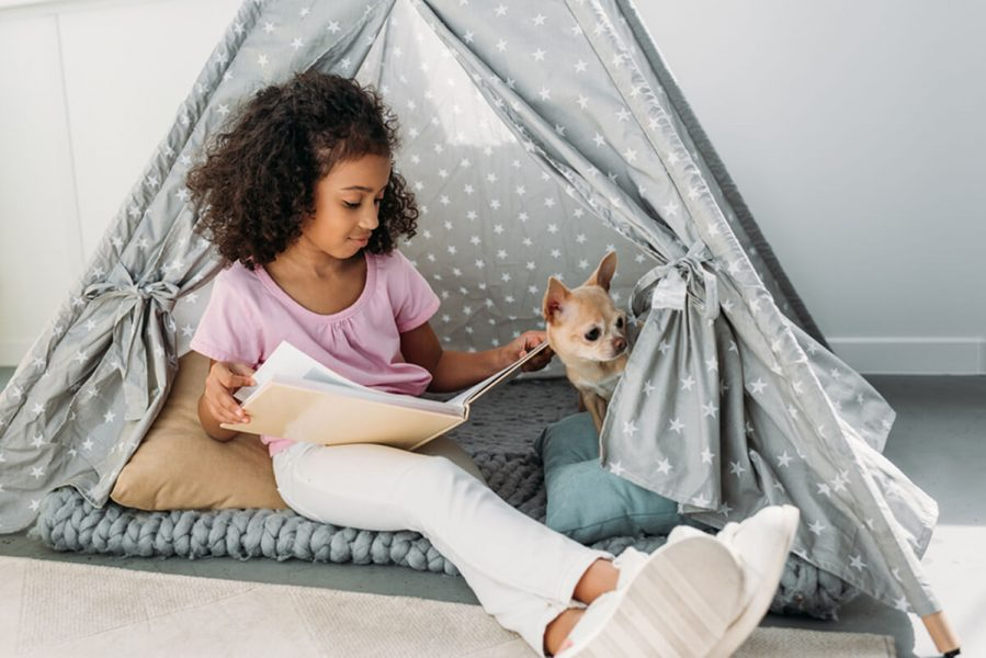 teenage girl teepee reading nook